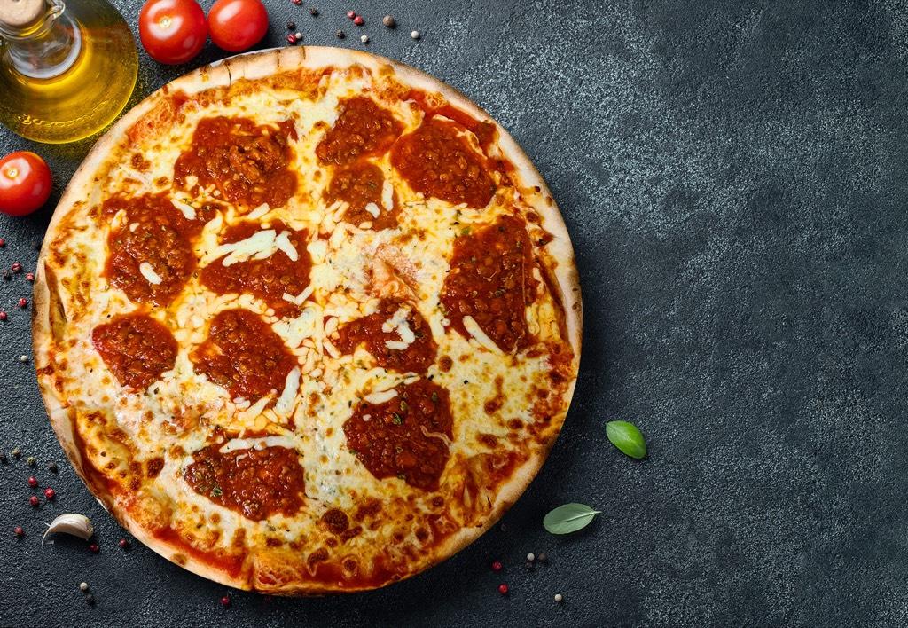 Pizza Boloñesa - Pizzeria Don Carlo Calella